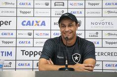 BotafogoDePrimeira: Felipe Conceição minimiza ansiedade pela vitória e...
