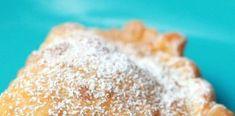 Τηγανιτά πιτάκια με  πρωτότυπη ζύμη για γλυκιά και αλμυρή γεύση Pie, Desserts, Food, Torte, Tailgate Desserts, Cake, Deserts, Fruit Pie, Eten