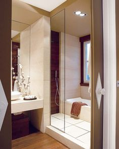 Decorate Your Bathroom Toilet Master Bathroom Shower, Bathroom Toilets, Small Bathroom, Bathroom Ideas, Modern Baths, Contemporary Bathrooms, House Decoration Items, Ideas Baños, Bathroom Interior Design