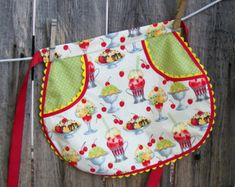 Ice Cream Sundae Half Apron - Girl Size 7 to 8 - Ice Cream Apron with Retro RickRack Accents Sewing Hacks, Sewing Crafts, Sewing Projects, Sewing Aprons, Sewing Clothes, Sewing Online, Towel Apron, Clothespin Bag, Coin Couture