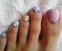 love these pedi colors!