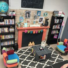 Coziest reading nook EVER! 🏆 I'm pretty sure you need your own classroom makeover show 👏🏼 Classroom Layout, New Classroom, Classroom Setting, Classroom Design, Kindergarten Classroom, Classroom Organization, Classroom Reading Nook, Classroom Ideas, Classroom Libraries