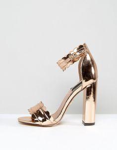 567d737d6 Discover Fashion Online Tacones Dorados, Asos, Sandalias De Tacón, Zapatos