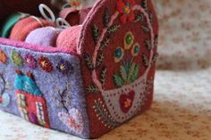 haberdashery basket with lots of felt & embroidery (no pattern or tutorial) - loads more pretties on this blog!
