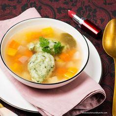 Spinatnocken in der Gemüsesuppe Soup, Ethnic Recipes, Healthy Food, Easy Meals, Chef Recipes, Soups
