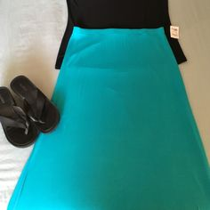 NWT XL Turquoise Maxi skirt from Charlotte Russe Cute Maxi Skirt 40 in long from waist Charlotte Russe Skirts Maxi