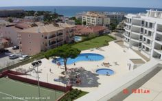 2 bedroom apartment with seaview in Olhos d'Água, Albufeira, Algarve, Portugal - Excellent location for holidays or permanent residence is this new development of 1 and 2 bedroom apartments right in the centre of the popular resort of Olhos D'Agua. Within walking distance of all amenities including the beach, shops, bars & restaurants, everything you could possibly need for a perfect break! - http://www.portugalbestproperties.com/component/option,com_iproperty/Itemid,7/id,860/view,property/#