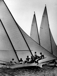 George Skadding/Chesapeake Bay,Virginia,USA,July 1954 Log Canoe sailboats racing on Chesapeake Bay - In college, I would sail a Rhodes 19 out the Severn River into the Chesapeake Bay past Annapolis. Sailboat Racing, Virginia Usa, Sail Away, Chesapeake Bay, Boat Plans, Boat Building, Logs, Sailing, Sailboats