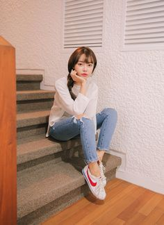 #korean, #fashion, #ootd Korean Girl Fashion, Korean Street Fashion, Asian Fashion, Beach Fashion, Fashion Edgy, Cool Outfits, Fashion Outfits, Fashion Trends, Fashion Styles