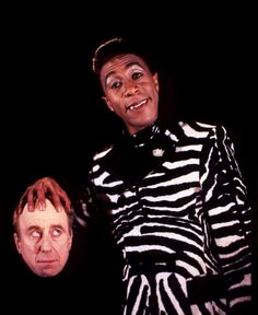 The official website of Red Dwarf, the cult science-fiction comedy show British Tv Comedies, British Comedy, Comedy Tv, Comedy Show, Welsh, Red Dwarf, Bbc Two, Best Sci Fi, Alien Races