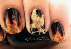 The Hunger Games: Mockingjay Part 1 inspired nail art on M Magazine Hunger Games Nails, Hunger Games Fandom, Hunger Games Catching Fire, Tribute Von Panem, Fire Nails, Mockingjay, Creative Nails, Creative Makeup, Nail File