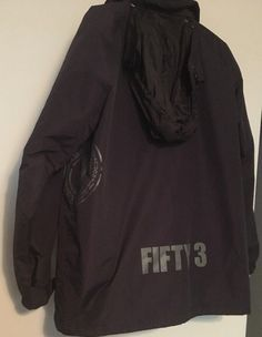 Body Glove Ski Jacket XL Black Nylon Quilted Snowboard Detach Hood Annivers 2003