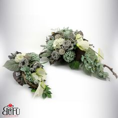 Deco Floral, Funeral Flowers, Black Flowers, Ikebana, Flower Arrangements, Floral Wreath, Wreaths, Vence, Decor