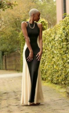 Two in one she is Black & white she is Grey is her life Love she is Gorgeous Blonde Big Chop and Silhouette Maxi Dress! Blond Twa, Beautiful Black Women, Beautiful People, Chocolate Blonde, Robes Glamour, Short Hair Styles, Natural Hair Styles, Meagan Good, Pelo Natural