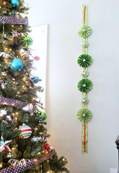 DIY Holiday Wall Garland