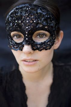 Hey, I found this really awesome Etsy listing at https://www.etsy.com/listing/46906192/masquerade-tatted-sequin-lace-mask. Incredibly beautiful!