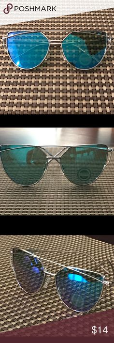 Amazing silver frame blue lens sunglasses 🌹😎 Silver overlap frame blue light mirrored sunglasses super cute and trendy 🌹😎💋 Accessories Sunglasses