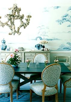 Fabulous French Provincial in Turquoise. l-o-v-e