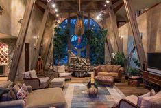 Okanagan Lakeshore Home design 1 Multi Million Dollar Lakeshore Property Infused with Nautical Vibrancy