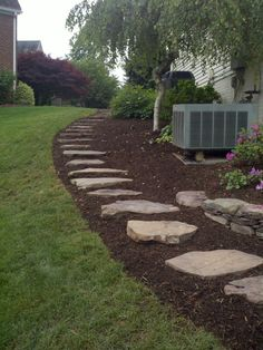 Super Yard Drainage Solutions Steinideen - All For Garden Small Yard Landscaping, Mailbox Landscaping, Landscaping Ideas, Drainage Solutions, Drainage Ideas, Landscape Stairs, Yard Drainage, Front Yard Decor, Sloped Yard