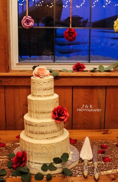 Husband and Wife photographers/videographers Photographers, Husband, Cake, Kuchen, Torte, Cookies, Cheeseburger Paradise Pie, Tart
