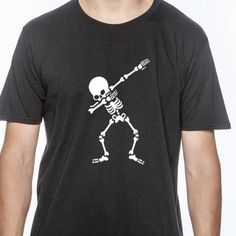 This is a unisex cut dabbing skeleton shirt. Please feel free to message me if you are looking for a specific brand shirt or tank, or if you would like a fitted cut Toddler, child, and youth sizes are available by this listing: https://www.etsy.com/listing/561908695/skeleton-dab-shirt-kids-halloween-t