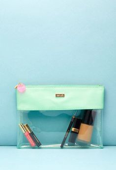 do Peekaboo Clutch from Forever 21 Travel Cosmetic Bags, Cosmetic Pouch, Tote Bags, Mochila Adidas, Makeup Case, Makeup Pouch, Makeup Kit, Clear Bags, Clutch Wallet