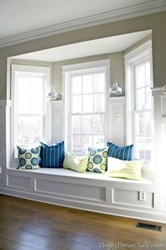 Browse bay window ideas images to bay window curtains, bay window treatments, bay window, bay window seat and bay window & window seat for your bay window, study or bay windows. Bay Window Design, Window Seat Kitchen, Room Window, Homemade Pillows, Window Benches, Bay Window Seats, Window Seat Cushions, Chair Cushions, Living Room Designs