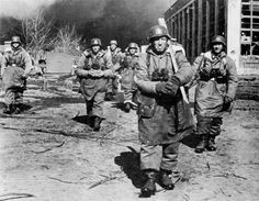 SS Panzergrenadier troops of the Leibstandarte SS Adolf Hitler Division in Kharkov. Third Battle of Kharkov, March German Soldiers Ww2, German Army, Luftwaffe, Division, The Modelling News, Thing 1, The Third Reich, Panzer, American Revolution