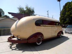 A picture of a 1941 Western Flyer vintage RV. Camper Caravan, Camper Trailers, Cool Campers, Happy Campers, Airstream, General Motors, Land Rover Defender, Vintage Rv, Vintage Campers