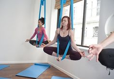 Few aerial yoga exercises that you can do anywhere - Mom Bloggers Club