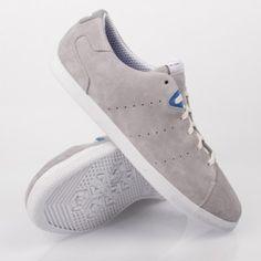 brand new a9399 ab3f3 Adidas Originals Azzie Lo - Flat, Elegant Silhouette Suede Pair of Super  Light Sneaker!