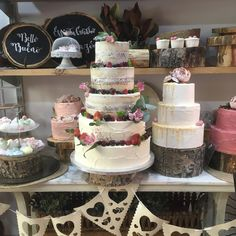 tarta seminaked y buttercream Cupcakes, Desserts, Food, Fondant Cakes, Lolly Cake, Candy Stations, Tailgate Desserts, Cupcake Cakes, Deserts
