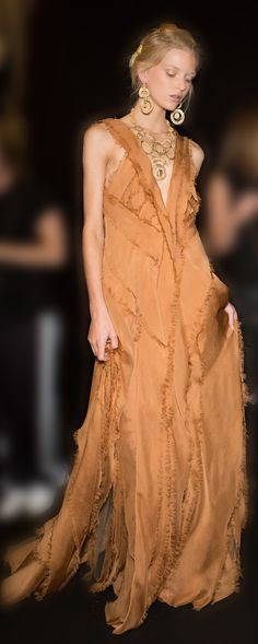 Alberta Ferretti 2016. women's fashion and style. deconstructed gown.