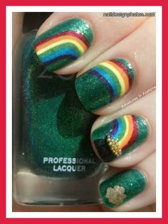 Love these nails for St. Patrick's Day