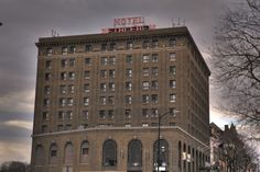 Many accounts of paranormal activity have been witnessed at Hotel Bethlehem located in Lehigh Valley, but most come from room 932. This haunted hotel is said to be one of the most active paranormal hot spots in Pennsylvania and is a perfect adventure for the #Halloween season! Haunted Hotel, Haunted Places, Haunted House Stories, Pennsylvania Dutch Country, Haunted Attractions, Family Getaways, Hotel Motel, Lehigh Valley, Hot Spots