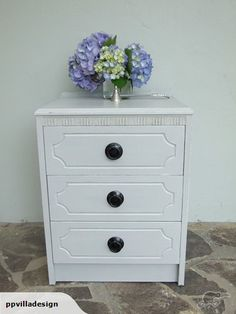 Paris Grey Bedside drawers x 1