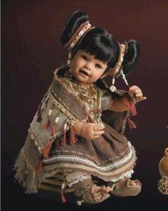 2009 Limited Edition Adora Doll Collection: Lynda - Guatemala