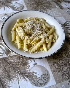 1st day of Christmas – Penne Cacio e Pepe | Kitchen Paradiso
