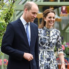 Photos de Kate Middleton : découvrez les images qui ont fait l'actu de Kate Middleton sur Gala.fr Looks Kate Middleton, Voici, Images, Suit Jacket, Breast, Photos, Jackets, Fashion, Gotha