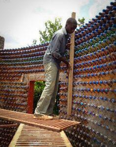 3_House-made-of-plastic-bottles