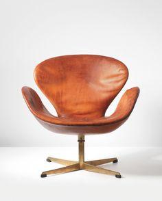 Arne Jacobsen Swan swivel chair #SwivelChair