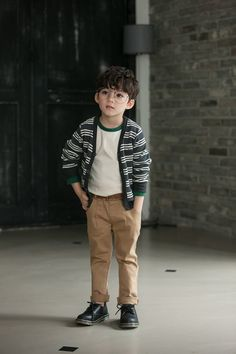 Cute Little Boys, Cute Boys, Cute Babies, Kids Clothes Boys, Kids Boys, Little Boy Fashion, Kids Fashion, Baby Boy Outfits, Kids Outfits