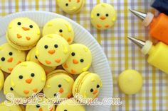 Easter Chick Macaroons