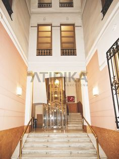 #ClassicHallWithClassicLift in #PasseigdeGràcia #AtipikaBarcelona #realestate #inmobiliaria #vestíbulo #ascensor #architecture #arquitectura Stairs, Real Estate, Home Decor, Buildings, Facades, Architecture, Stairway, Decoration Home, Staircases