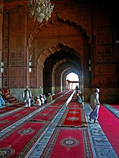 Delhi (India).  'Delhi has Mughal attractions  (gorgeous tombs and the  awesome Jama Masjid, among  others) to go with its exceedingly  good shopping, museums  and street food.' http://www.lonelyplanet.com/india/delhi/sights/mosque/jama-masjid