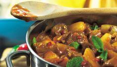 Entdecke die Küche Algeriens: das Rezept von MAGGI für einen leckeren algerischen Lammtopf hilft dir bei der Zubereitung.