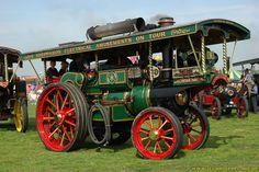 """1908 Garrett Showmans Road Locomotive, 27160 """"British Hero"""" - Steam Traction Engine  http://www.steamscenes.org.uk/events/2006/haddenham-steam-rally/168/"""