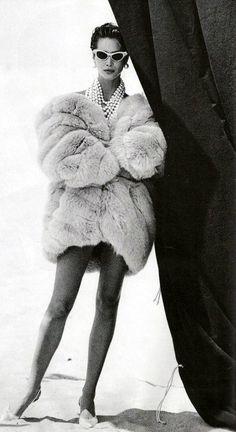 Vogue US - Dec 1989 - by Peter Lindbergh