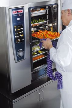 decisions about the kitchen will have to be made Milano, Kitchen, Dishes, Party, Cuisine, Kitchens, Stove, Cucina